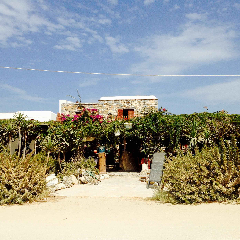 Petrino Beach Restauarant auf Naxos