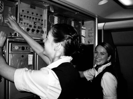 5 Dinge die du schon immer über Flugbegleiter wissen wolltest
